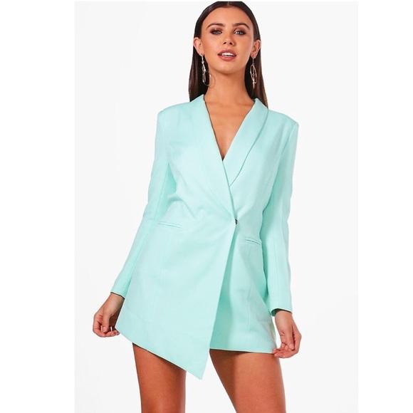 5041b80eac962 Boohoo Dresses & Skirts - Boohoo Petite Asymmetric Blazer Dress